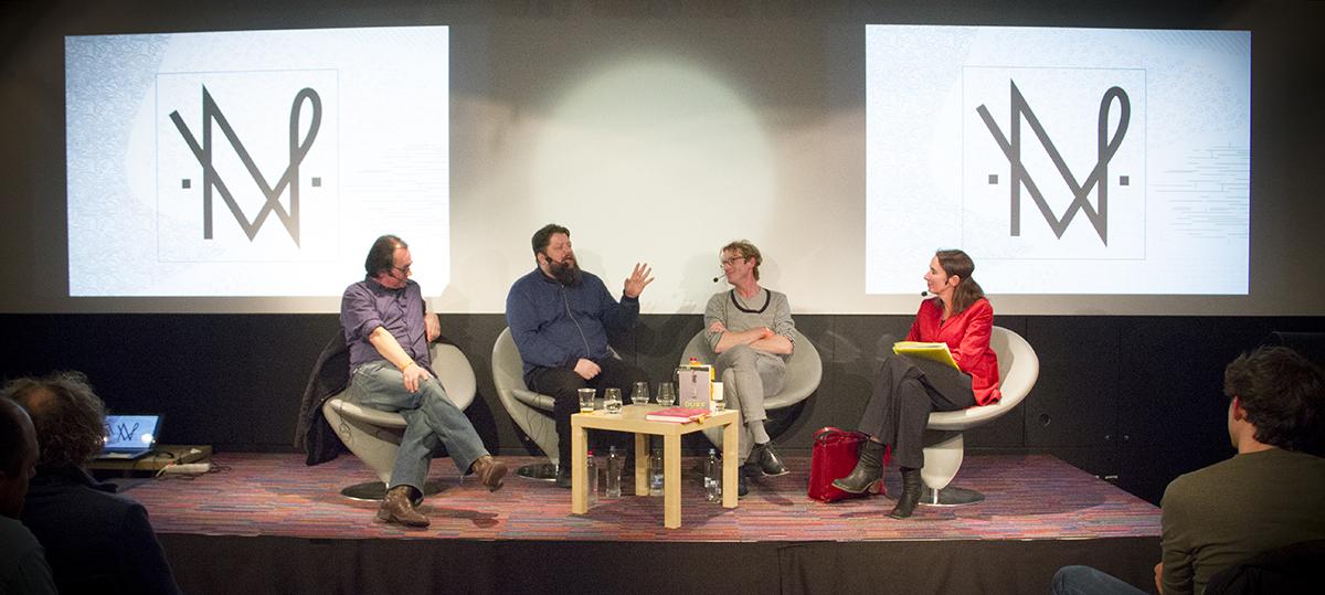 """Het panel van """"Durf te twijfelen"""" op de nacht van de vrijdenker 2016 in Gent (foto: Gerbrich Reynaert)"""