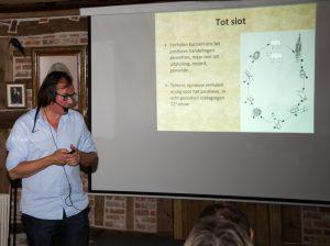 """Johan Braeckman: """"Er was eens..."""" de levenscyclus van de lancetworm (foto: Jozef Van Giel)"""