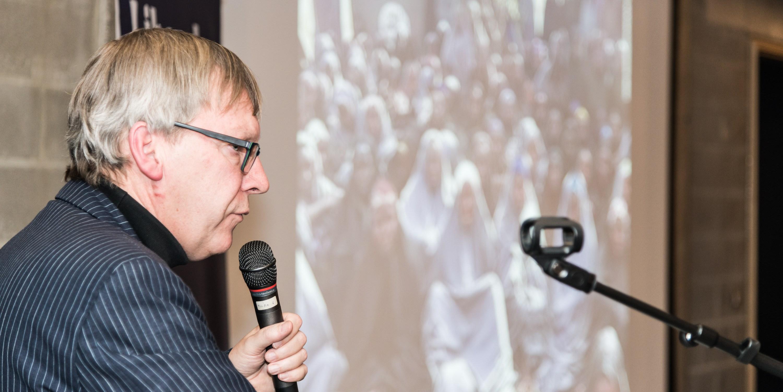 """Dirk Verhofstadt presenteert het boek """"InNaamVanGod"""" in het liberaal archief in Gent"""