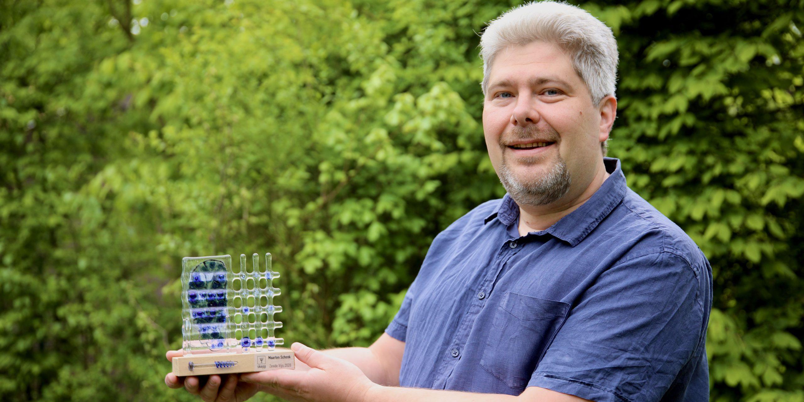 Maarten Schenk met de zesde vijs trofee 2020 (Foto: Bjorn Roes)